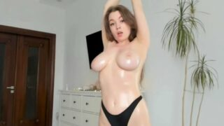 Charming Girl Nude Topless OnlyFans Video Leaked